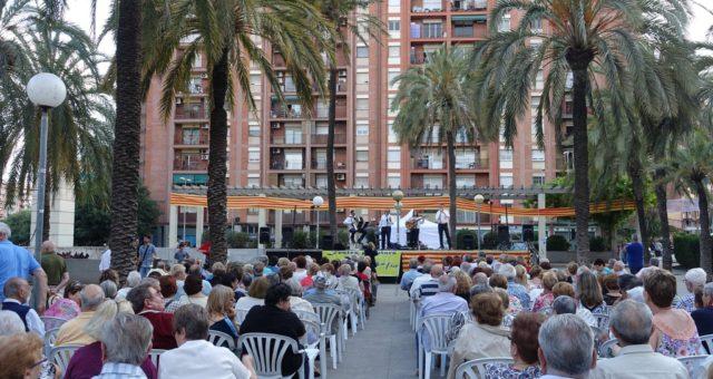 Festes Populars de Sant Antoni de Llefià Badalona amb Barcarola Havaneres